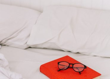 Guide to Help you choose in Between Microfiber Sheets and Cotton Sheets