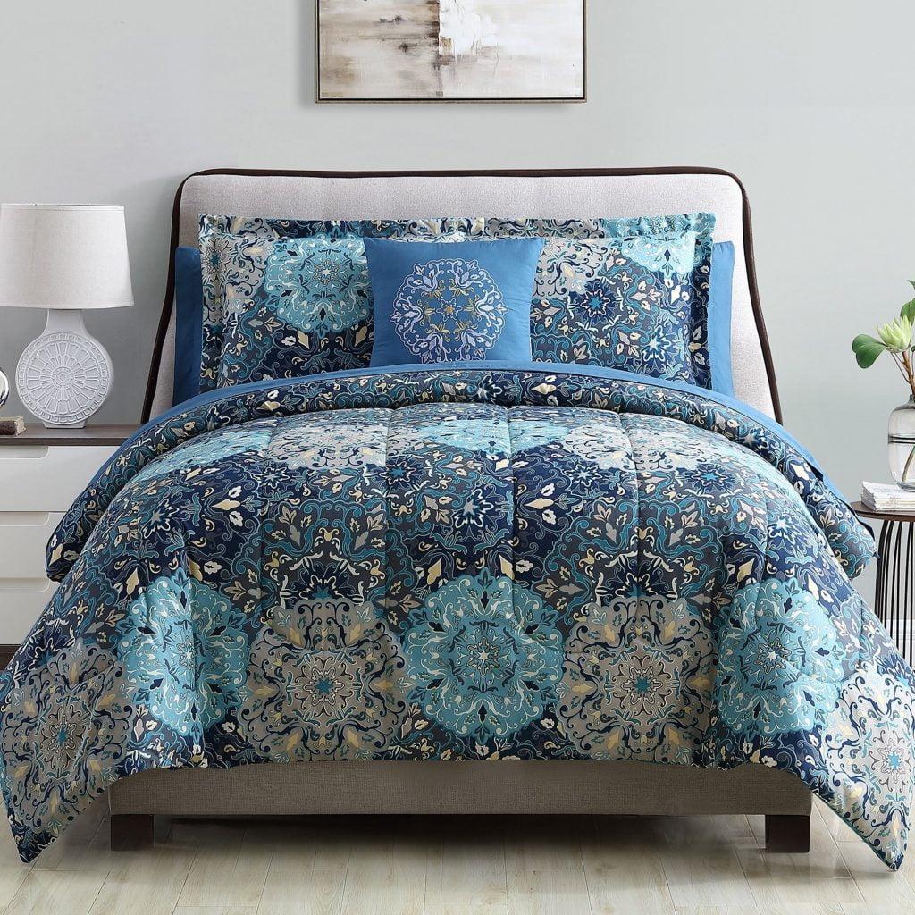Modern Threads Granada Complete Bed Set